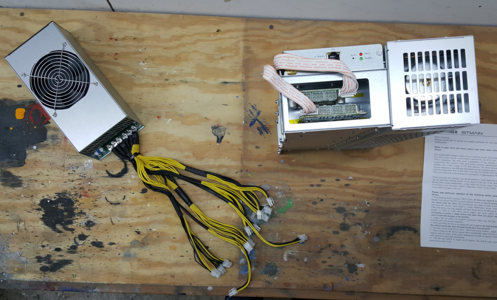 Antminer R4 and Power from above x1200