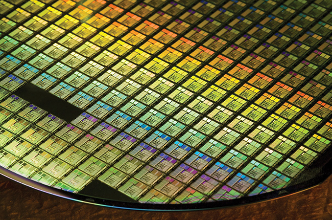 semiconductor_wafer_678_678x452_678x452
